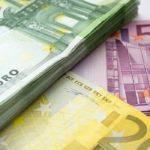 Euro mit weiteren Verlusten gegenüber US-Dollar